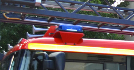 Symbolbild: Bildausschnitt eines Leiterwagens der Feuerwehr