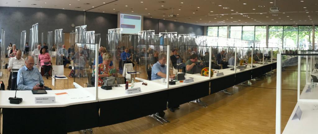 Blick in den Versammlungsraum der Regionsversammlung